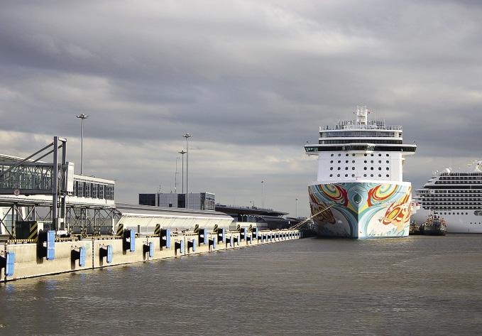 Norwegian Getaway offers 10-day cruises from Copenhagen with a stop in St. Petersburg.